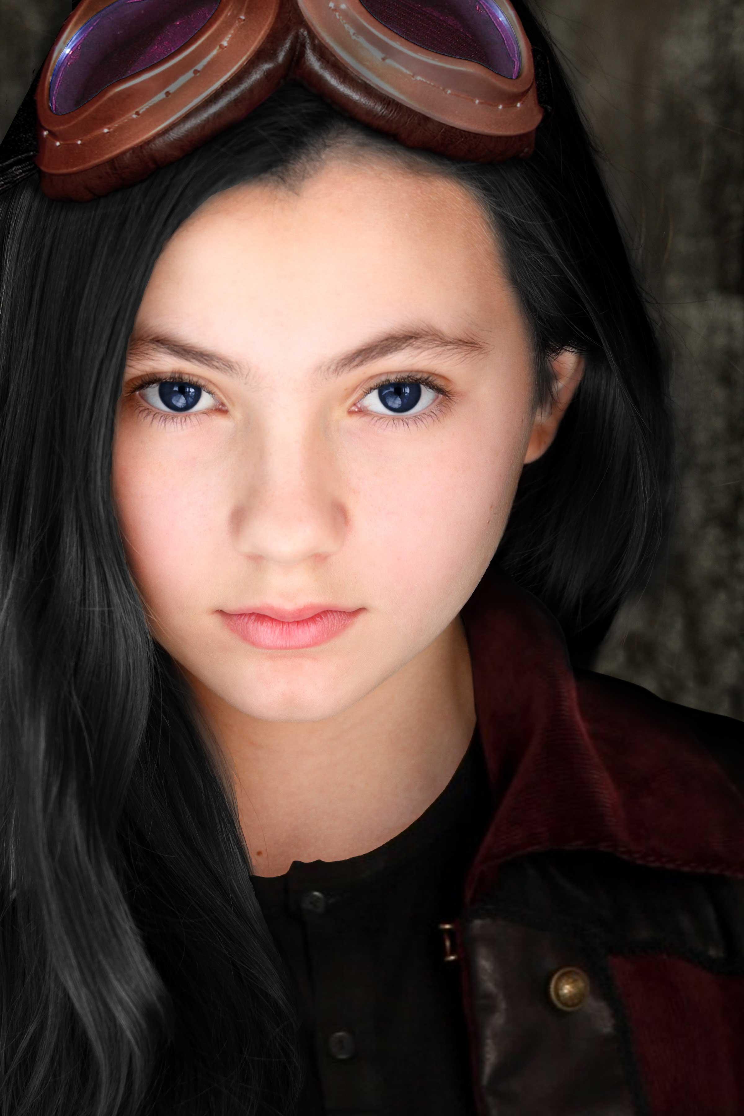 Shadow (Rhiannon Leigh Wryn)